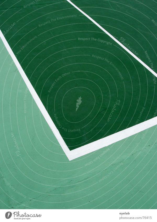 Von Björn ge-Borgt (No.50) grün weiß Tennis Tennisplatz Sportplatz rund Hoffnung Sommer Ferien & Urlaub & Reisen Spielen Linie lines white centerourt court