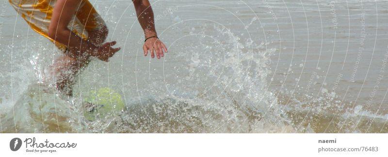 wassergleiter Mann Wasser Meer Sommer Wellen Wassertropfen Surfen Surfbrett Mensch