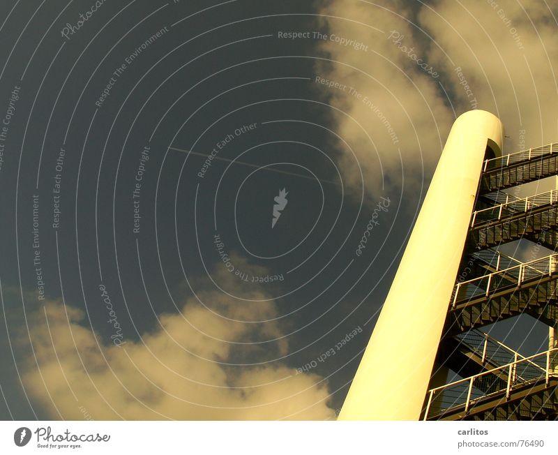countdown läuft verrückt Perspektive Neigung diagonal steil Feuerleiter Florida Apollon Treppenturm Cape Canaveral