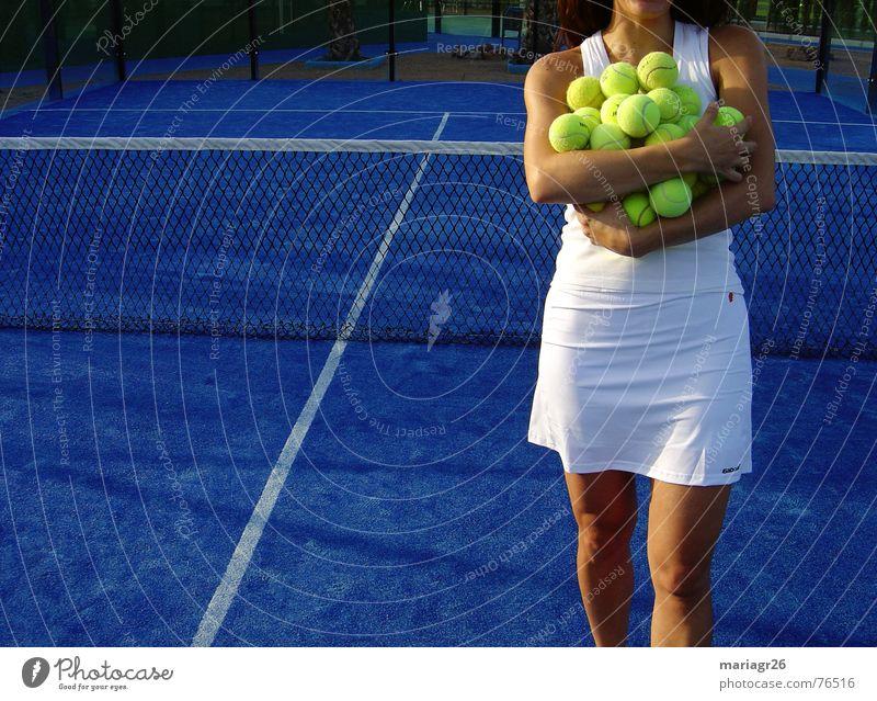 Todas para mi Tennis Frau weiß gelb Sport tenis Ball blau