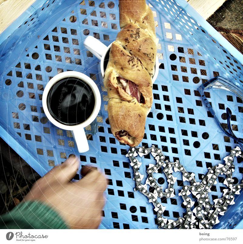Unabhänigkeit vom Scheich und dem Ami seim Krieg Kaffeepause Sklavenarbeit Schutzbrille Motorsägenkette Mahlzeit Vesper Pause Brennholz Pellet Kümmel