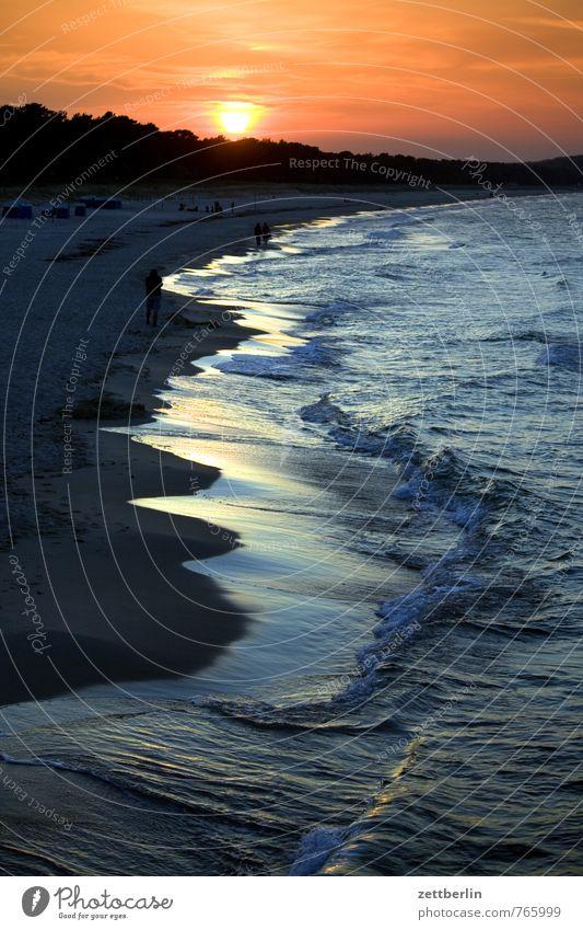 14109 Erholung Ferien & Urlaub & Reisen Tourismus Abenteuer Ferne Freiheit Strand Meer Wellen Umwelt Natur Landschaft Himmel Wolken Horizont Sonne Sommer Klima