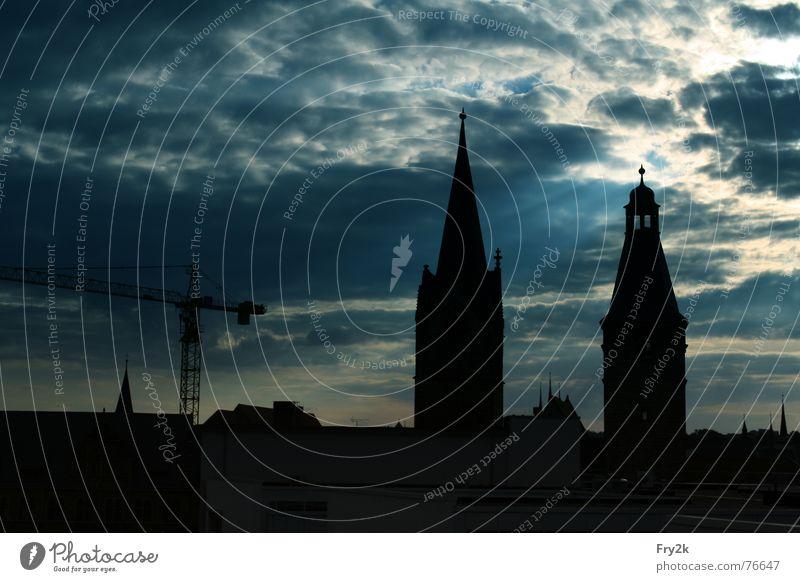 Erfurt Nacht Parkdeck Stadt Kran Wolken himmerl Abend Dom Religion & Glaube