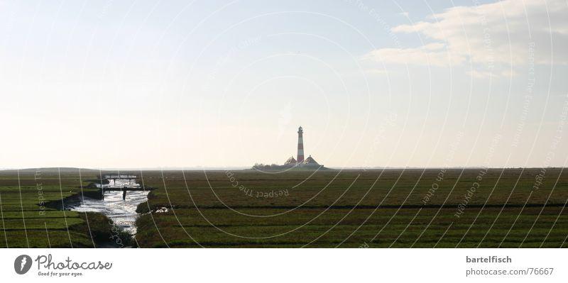 Leuchte Ferien & Urlaub & Reisen schön weiß Meer rot Lampe Stimmung Wasserfahrzeug träumen groß Romantik Panorama (Bildformat) Wahrzeichen Nordsee Schifffahrt