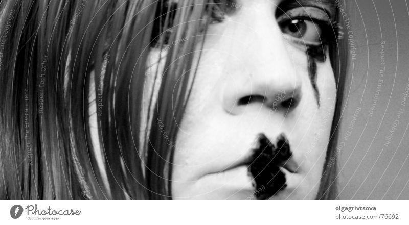 Ein Blick sagt mehr als Worte weiß schwarz Auge Herz Lippen Schminke Kussmund geschminkt Pantomime herzförmig