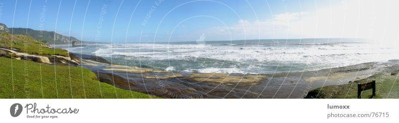 West Coast Waves Wasser Sonne Meer grün Ferien & Urlaub & Reisen Freiheit Wellen Küste Wind Felsen Unendlichkeit Klippe Neuseeland Krach Tasmanische See
