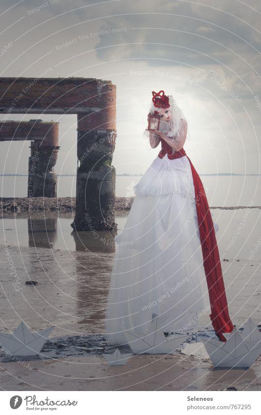 . Mensch Frau Himmel Natur Sommer Wasser Meer Landschaft Wolken Ferne Umwelt Erwachsene feminin Küste Freiheit Horizont