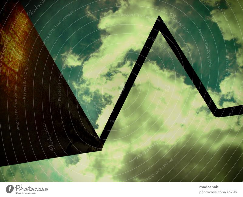 BERLIN | form himmel sky heaven schön romantisch stylsch yeah Himmel Wolken schlechtes Wetter himmlisch Götter Unendlichkeit Metall Material Dreieck Gegenlicht