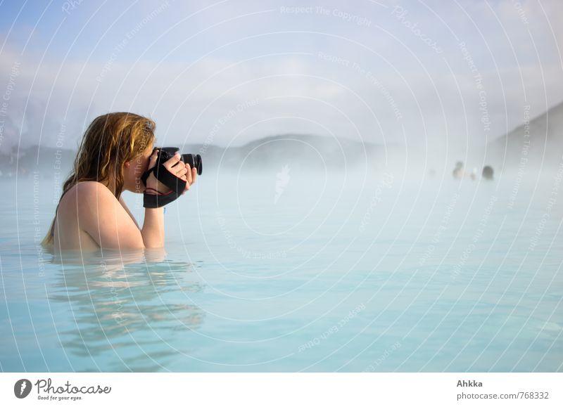 Leidenschaft schön Körper Freizeit & Hobby Ferien & Urlaub & Reisen Abenteuer Mensch feminin Junge Frau Jugendliche Schwimmen & Baden entdecken blond nass