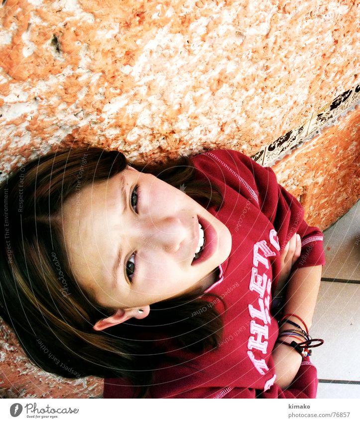 Step 2 Mädchen rot Auge Bodenbelag Tanzfläche Flüchtiger Blick