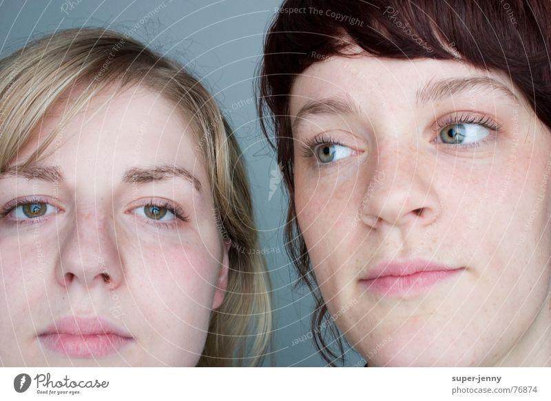 hm,war was? Langeweile Porträt Mensch Frau Blick Gesicht Auge mehrfarbig woman color face