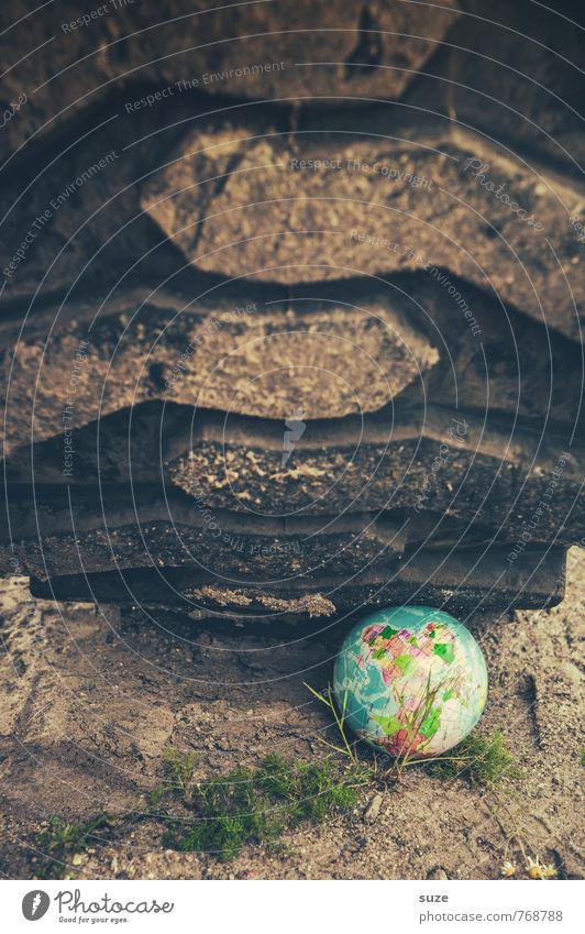 Erdarbeiten Baustelle Wirtschaft Industrie Business Umwelt Natur Urelemente Erde Globus dreckig groß rund braun bedrohlich Hilfsbereitschaft Idee Klima Handel