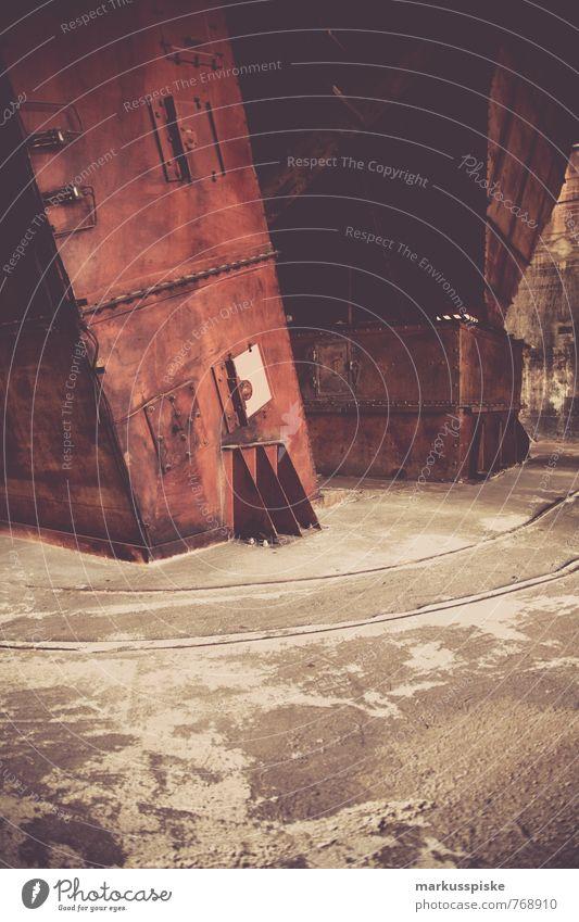 im steinkohlebergwerk elegant Stil Design Innenarchitektur Arbeit & Erwerbstätigkeit Beruf Handwerker Zeche Zeche 'Zollverein' Gleise Steinkohlebergwerk Bergbau