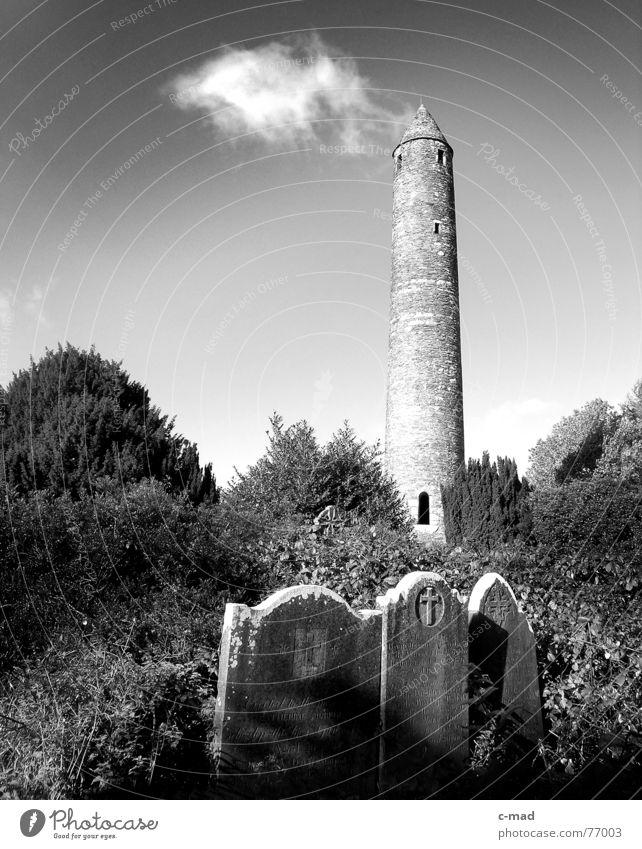 Glendalough - Irland Wolken Landschaft Turm Republik Irland Kloster