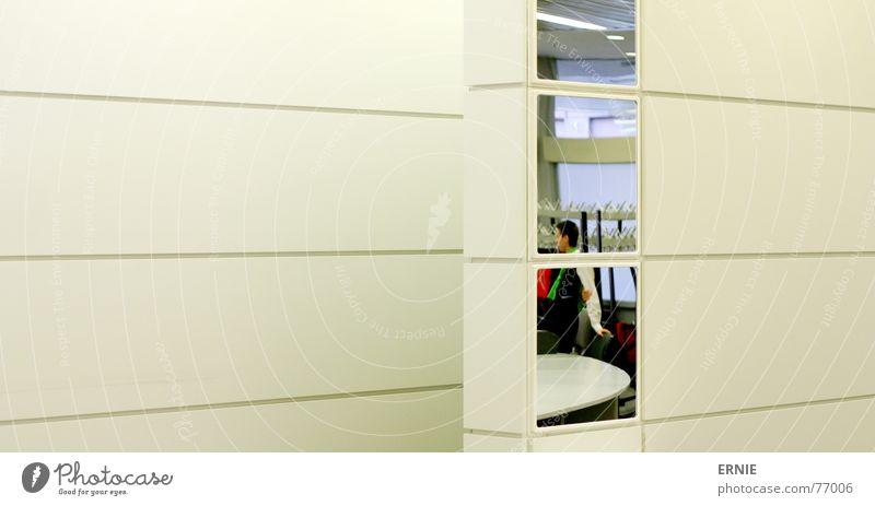 StreifigerWandSpiegel Mensch weiß Wand Architektur Linie hell Kleid Spiegel Material Köln Gottesdienst Ausstellung Messe Ständer Köln-Deutz Photokina