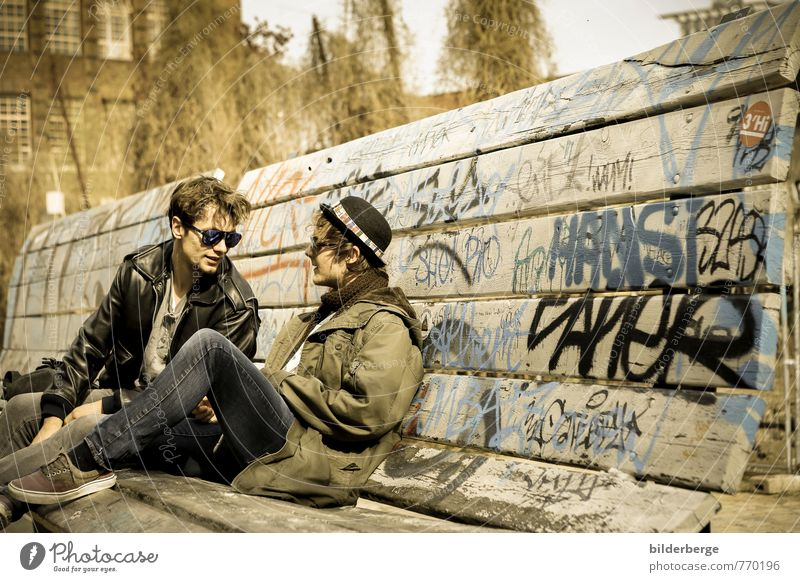 berlin style Lifestyle maskulin Paar Künstler Mode Brille Sonnenbrille Coolness Zusammensein Unendlichkeit Glück Kraft Freiheit Freizeit & Hobby Freude