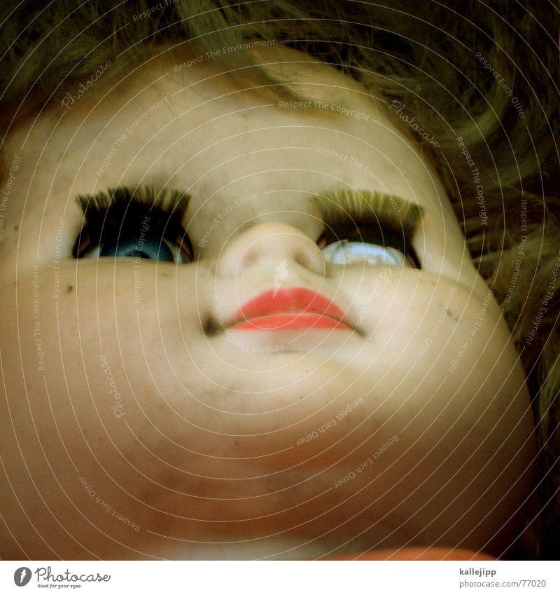 nur geträumt alt Tod Haare & Frisuren Kindheit Mund Angst Nase kaputt Spielzeug gruselig Puppe antik untergehen Monster Außerirdischer blind