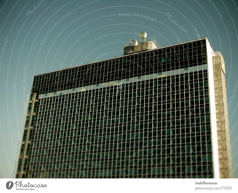 Eur Serie Italien Himmel Hochhaus building palace windows Skyline Euro sky district
