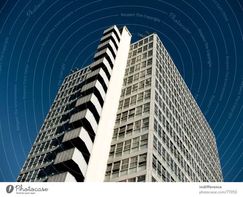 "The Black Hole! ""view one"" Hochhaus Italien building palace Skyline architecture Euro windows finances"