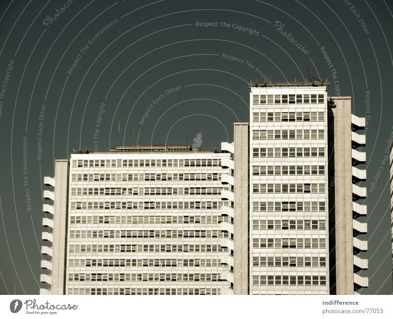 "The Black Hole! ""view four"" Hochhaus Italien building palace Skyline architecture Euro windows finances"