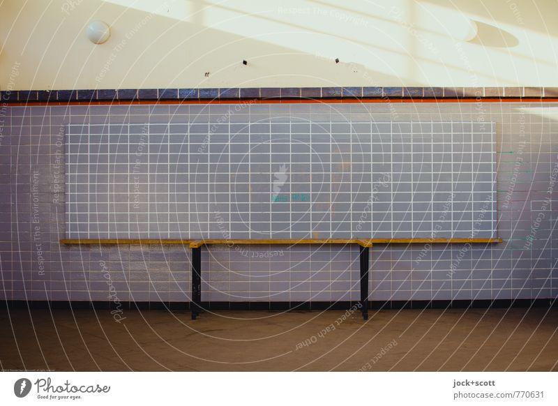 Linieninformation ruhig Ferne Wärme Wand Architektur Mauer Zeit Ordnung ästhetisch geschlossen Wandel & Veränderung retro historisch Vergangenheit Information
