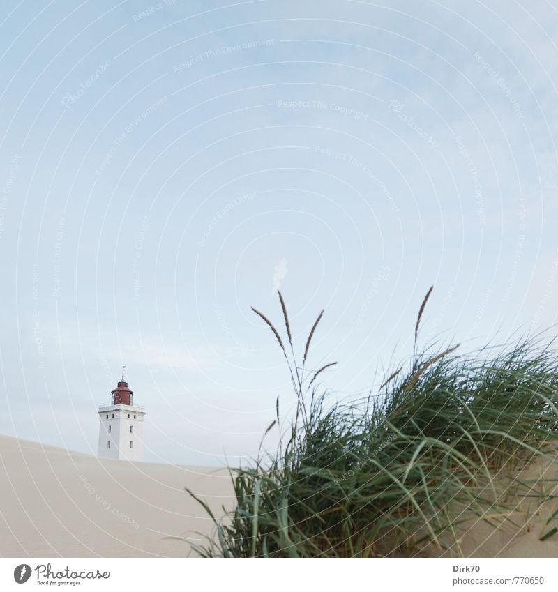 Klassiker Natur Ferien & Urlaub & Reisen blau grün weiß Sommer Meer rot Strand schwarz kalt Umwelt Küste Gras Sand Schönes Wetter