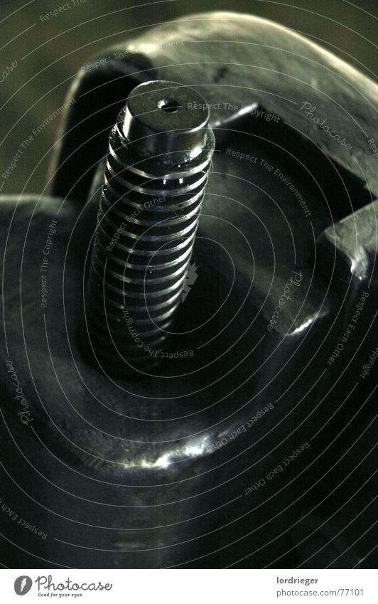 weich wie eisen schwarz kalt Eis Kraft Metall Brand Stahl Werkstatt Geruch Werkzeug edel fein Eisen Schraube hart