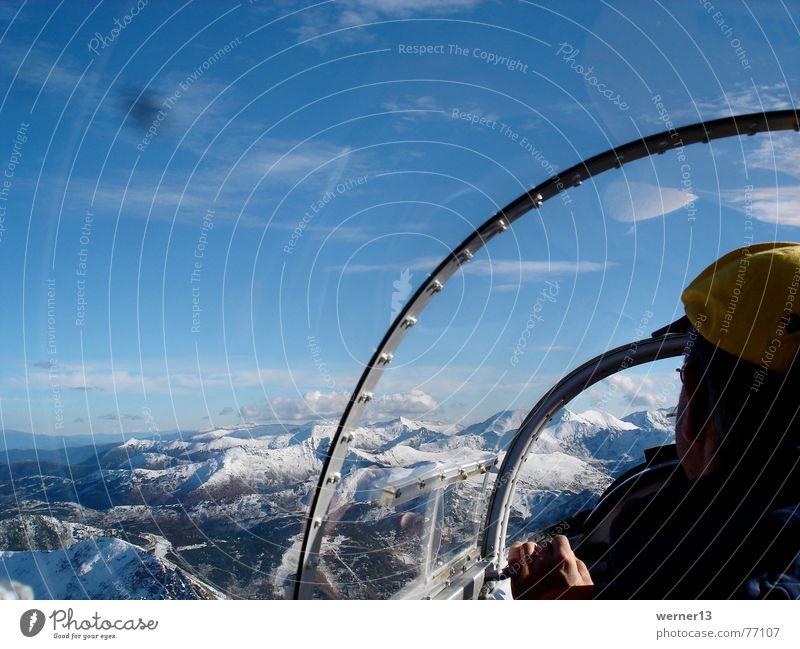 Segelfliegen im Blanik Wolken Schnee Berge u. Gebirge Freiheit Österreich Cockpit Blaník