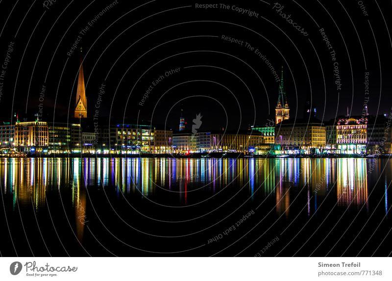 Hamburg bei Nacht alt Stadt Haus schwarz Architektur Feste & Feiern glänzend elegant leuchten Tourismus Kirche Lebensfreude Kultur historisch Hafen entdecken