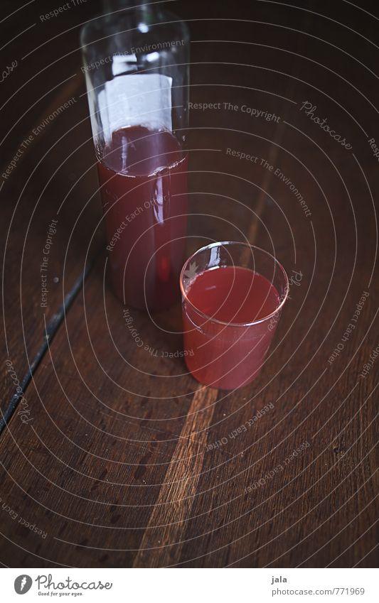 saft rot Gesunde Ernährung natürlich Gesundheit Lebensmittel rosa Glas frisch Getränk lecker Flüssigkeit Flasche Durst Erfrischungsgetränk Holztisch Saft