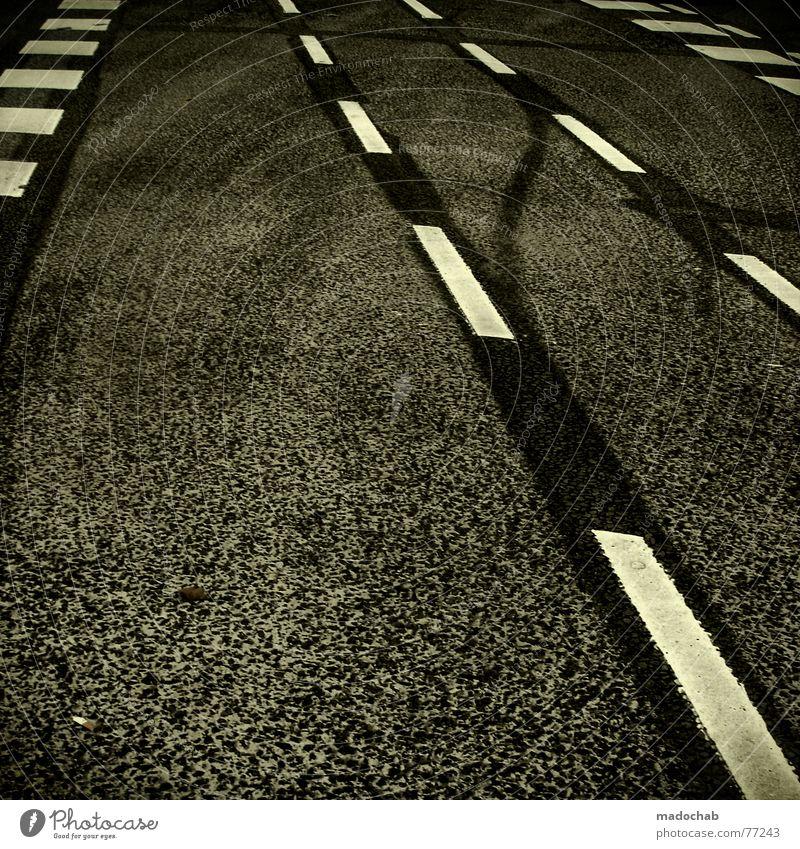 AUTOBAHN weiß Stadt Straße Stil grau Linie Hintergrundbild Schilder & Markierungen Verkehr trist Kommunizieren Bodenbelag Asphalt Spuren Autobahn Quadrat