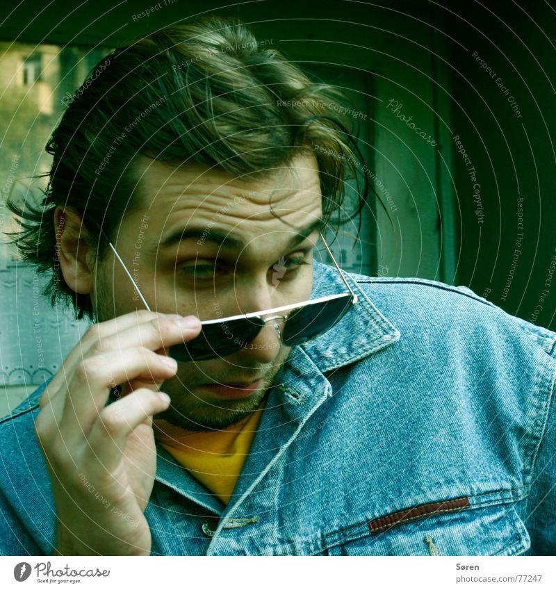 uh, hübsches Määdschen! Dortmund unsozial Achtziger Jahre Gel Sonnenbrille Pornographie Haare & Frisuren Jacke Jeansjacke heiß Alkoholisiert vorort spasti