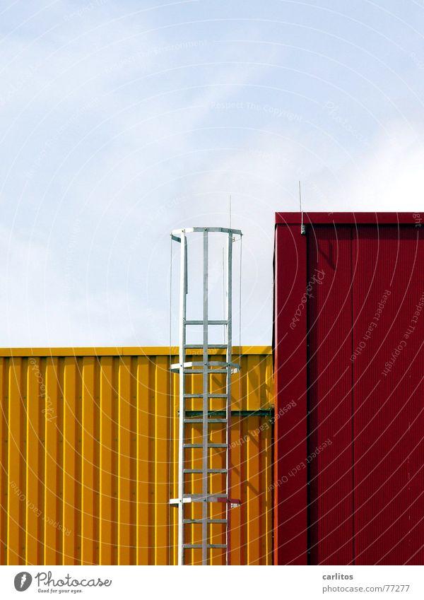 Architektur-Tetris rot gelb Brand Fassade Sicherheit Güterverkehr & Logistik Industriefotografie Maske Leiter Lagerhalle aufsteigen Würfel Blech Abstieg Versand