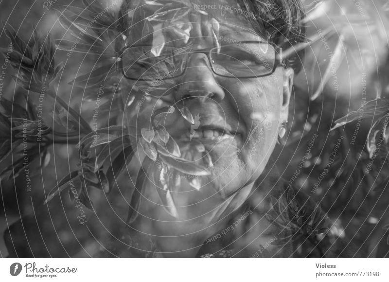durchdachte botanik Frau Gesicht Erwachsene feminin Kopf 45-60 Jahre fantastisch Brille Gesichtsausdruck Doppelbelichtung