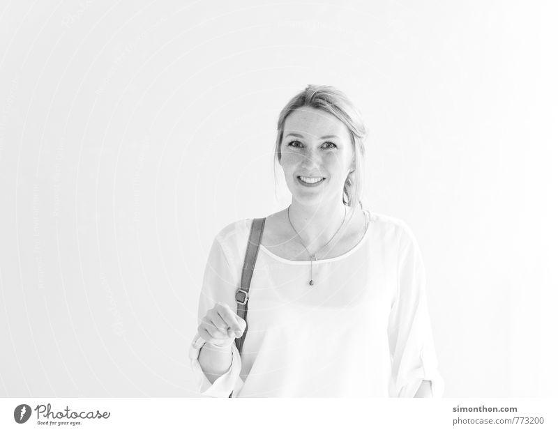 Shopping Mensch Jugendliche 18-30 Jahre Erwachsene sprechen feminin Stil Lifestyle Mode Business Büro modern Erfolg Perspektive Studium Netzwerk
