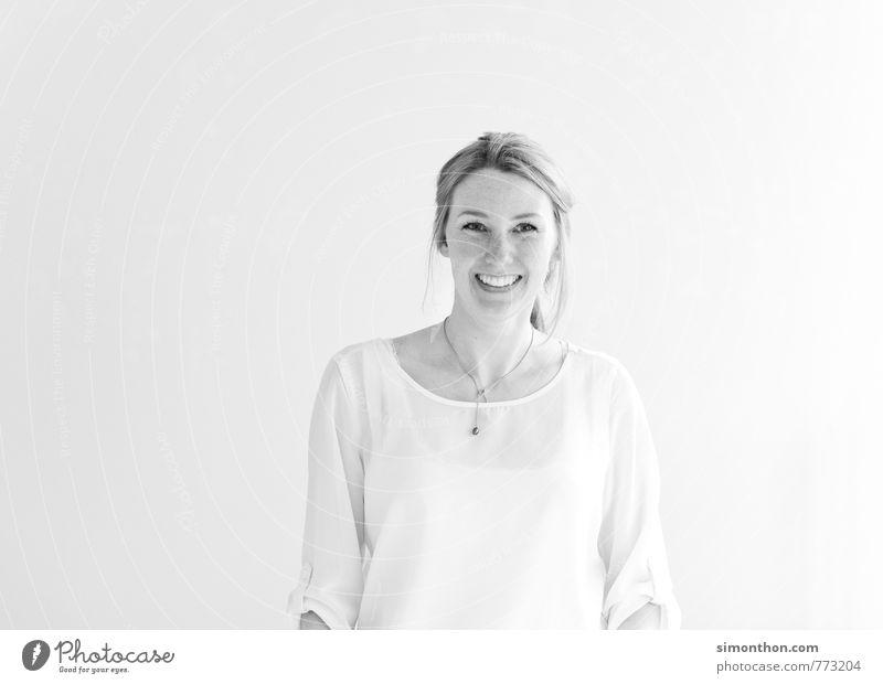 Spaß Mensch Jugendliche Freude 18-30 Jahre Erwachsene feminin Glück Business Zufriedenheit Erfolg Perspektive Kreativität Kommunizieren Studium Lebensfreude Pause