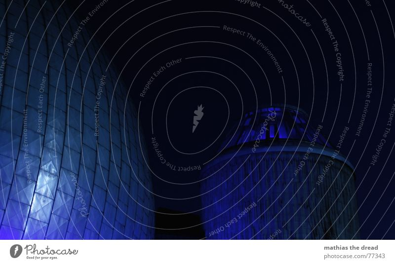 ?? blau Haus Gebäude Fassade Turm Kugel Planetarium Prenzlauer Berg