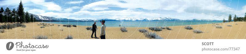 Panorama South Lake Tahoe Wasser Sonne Strand Wolken kalt Berge u. Gebirge See Sand groß USA Sträucher Tanne Panorama (Bildformat) Kalifornien Nevada