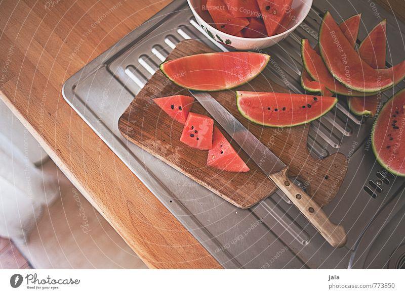 wassermelone Gesunde Ernährung natürlich Gesundheit Lebensmittel Wohnung Häusliches Leben Frucht frisch einfach süß Küche lecker Appetit & Hunger Messer Vitamin Schneidebrett