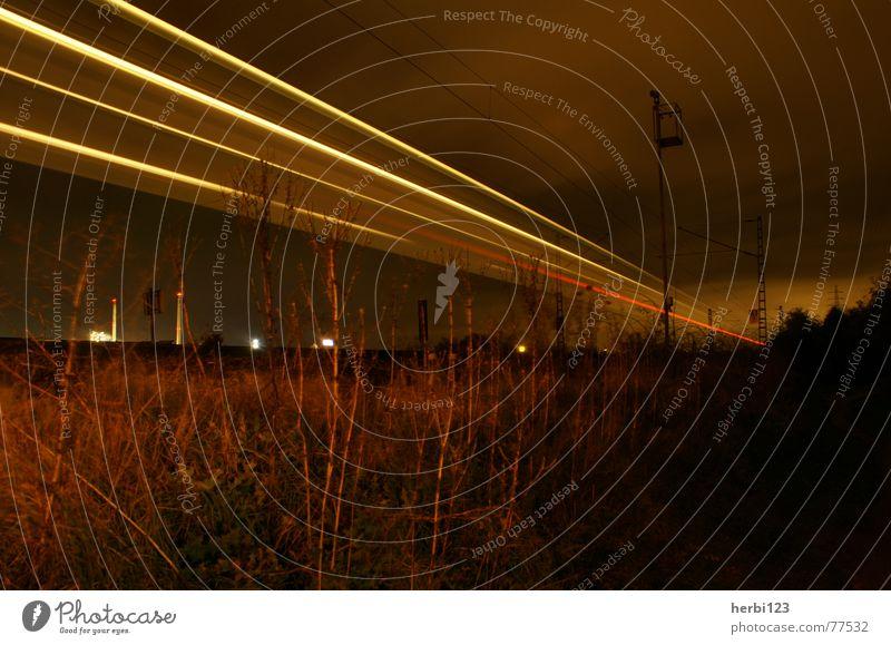 Nachtexpress Natur Bewegung Eisenbahn Grünfläche