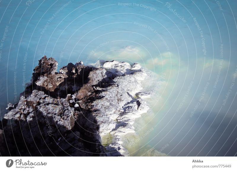 Weichmacher blau Wasser Felsen Spitze Seeufer tauchen verstecken exotisch bizarr eckig Chemie Sediment Geologie Korallenriff