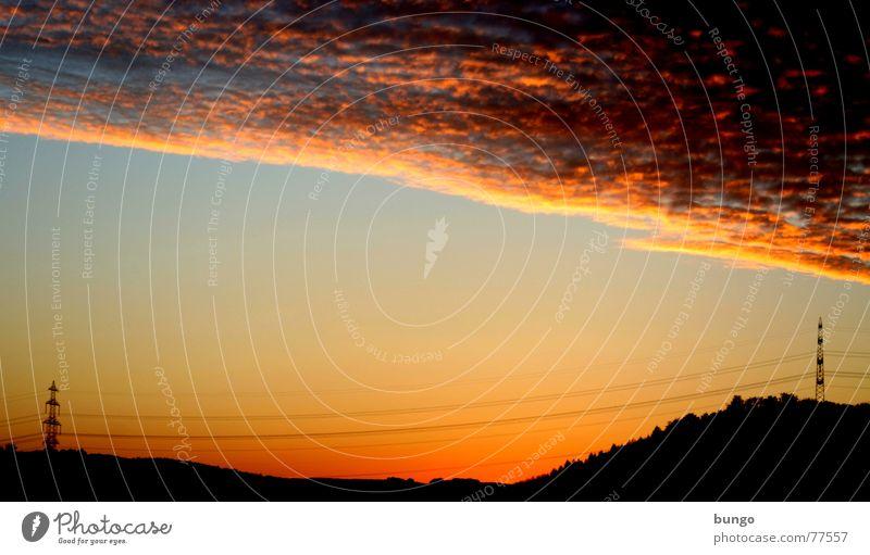Hoffnung Natur Himmel Baum ruhig Wolken Einsamkeit Leben dunkel Erholung träumen Landschaft orange Horizont Romantik Kabel