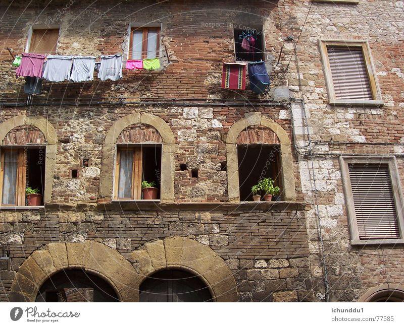 Toscana-Flair Haus Fenster Fassade Lebensfreude Italien Toskana mediterran Mittelalter südländisch