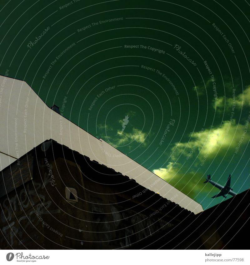 spaceship twentyfour Handy-Kamera Haus Brandmauer Wand Wellblech Flugzeug Abdeckung Kondensstreifen Zickzack Astronaut Terror Terrorgefahr Absturz Beginn