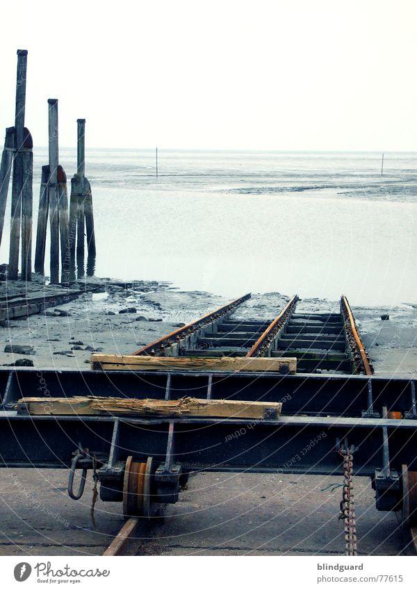 Trockendock Meer Sand Wasserfahrzeug Wind Horizont Gleise Kette Nordsee Reparatur Wattenmeer Flut Ebbe Schleswig-Holstein marschieren Schiffswerft