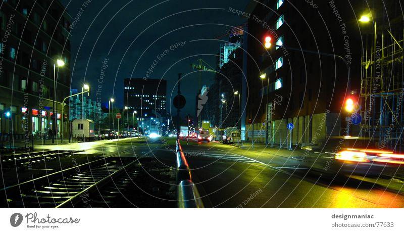 Mainhatten Streetlife III Himmel Stadt grün blau rot schwarz Haus gelb Straße Lampe dunkel kalt Fenster PKW Beleuchtung Deutschland