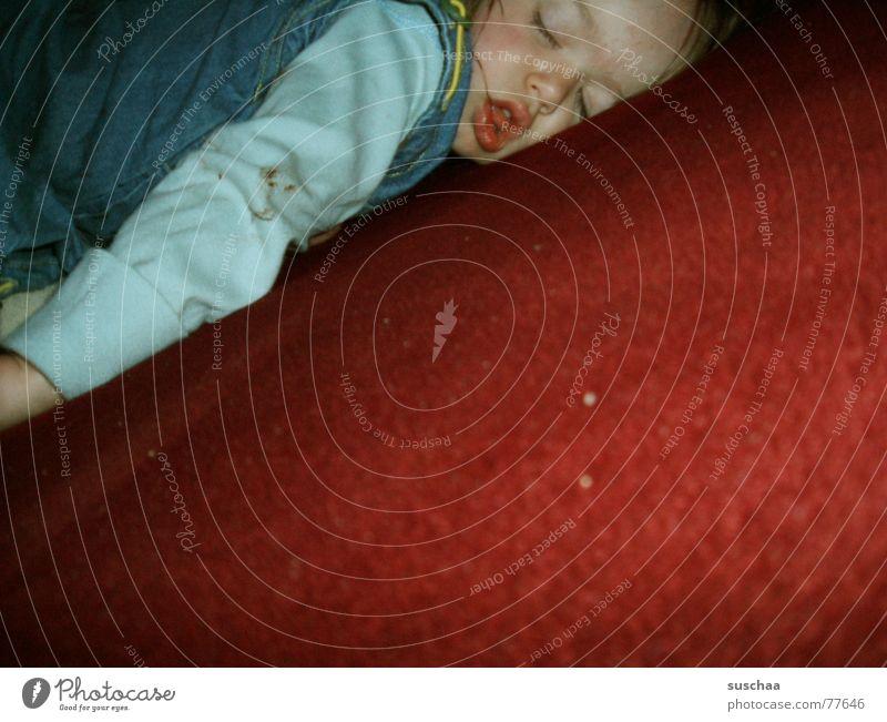 hexe sein macht manchmal müde .. Kind rot Gesicht träumen Baby dreckig schlafen Sofa Kleinkind Fussel