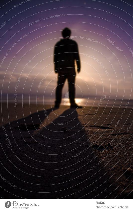 der Mann vorm Mond | 300 Ferien & Urlaub & Reisen Abenteuer Ferne Freiheit Strand Meer Mensch maskulin Junger Mann Jugendliche Erwachsene 1 18-30 Jahre Himmel