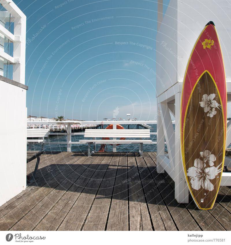 badesaison Lifestyle elegant Stil Design Freude Freizeit & Hobby Umwelt Landschaft Luft Wolkenloser Himmel Klima Schönes Wetter Küste rosa Schwimmbad Meer weiß