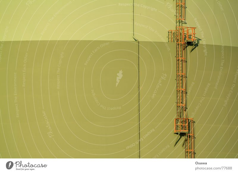 es geht bergauf... mehrere grün Stahl Platz Text Industrie die nur auszuruhen viele einfach für Oder Leiter Treppe aufwärts orange Metall Auge Architektur